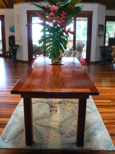 Robusta Eucalyptus Table Kailua-Kona, Hawaii